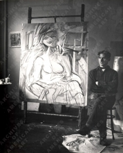 Willem de Kooning in his Fourth Avenue studio, 1946. Photo: Harry Bowden.